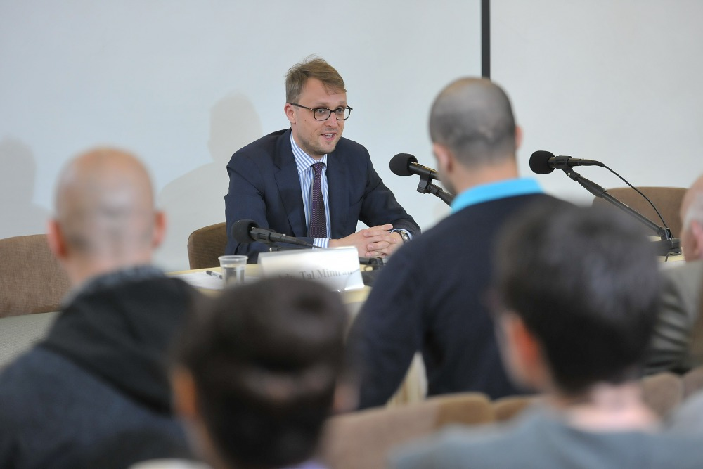 Open Discussion With Prof. Steffen Hindelang and Prof. Moshe Hirsch 14.3.2017